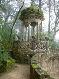Gazebo in the Garden Pavilion in Quinta da Regaleira Palace, in romantic Sintra, Portugal Abandoned Buildings, Abandoned Places, Abandoned Castles, Abandoned Mansions, Garden Pavilion, Garden Gazebo, Palace Garden, Moss Garden, Succulent Planters
