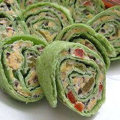 Christmas Chile and Cheese Spirals using green tortillas
