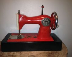 Soviet Sewing Machine - USSR Kid Toy - Russian Metal Sewing Machine - 1960s