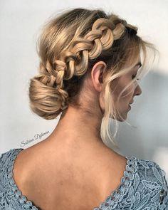 Gorgeous half up half down wedding hairstyle ideas - partial updo bridal hairstyles #hairdo #weddinghairstyles #weddinghair