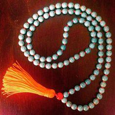 #naranja y #turquesa #collar #elyagual @tenorioanabella