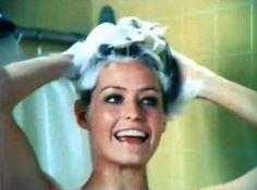 """ Mercury Cougar car commercial starring a pre-'Charlie's Angels' Farrah Fawcett. Head And Shoulders Shampoo, Head & Shoulders, Farrah Fawcett, Santa Monica, Prell Shampoo, Penny Marshall, Mushroom Hair, Vintage Tv, Vintage Videos"