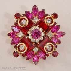 Exceptional Vintage RED Pink RHINESTONE Brooch CROSS Pendant Necklace RARE 3D