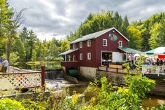 Nestled on the banks of the Kennyetto Creek in Broadalbin, NY is the Eagle Mills Cider Company.