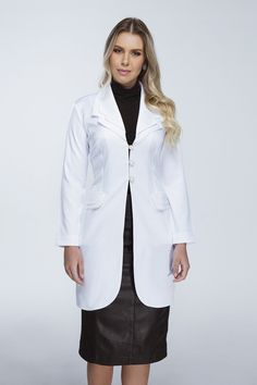 66 ideas medical doctor outfit fashion lab coats for 2019 Dental Uniforms, Doctor Coat, Scrubs Outfit, Lab Coats, Moda Chic, Medical Scrubs, Female Doctor, Nursing Dress, Fashion Outfits