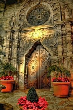 Places to visit-California-USA - Mission Inn, Riverside, California