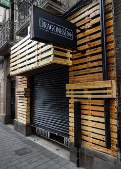 ... container houses sink shelf tokyo offices woods pallet desk diy pallet
