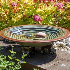 Wildlife World grønt fuglebad i keramik Ceramic Bird Bath, Ceramic Birds, Homemade Bird Houses, Bird Bath Garden, Garden Birds, Glass Garden, Bird Aviary, Grain Of Sand, Garden Care