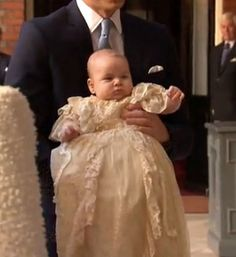 Llegan los invitados al íntimo bautizo del príncipe George de ...