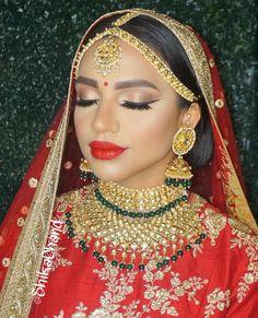 @shikachand Wedding Goals, Wedding Beauty, Wedding Bride, Asian Bridal, Beauty Hacks, Beauty Tips, Best Wedding Photographers, Bridal Make Up, Indian Beauty