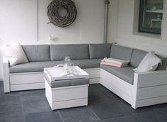 Loungekussens grijs Op maat gemaakte #loungekussens by www.outdoorloungekussens.nl