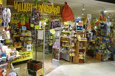 Village Vanguard is a famous general store which has variety of things, book, animation figures, snacks, clothe, kitchen goods, toys, iPhone case... You will definitely find some interesting items here! (Shinjuku)