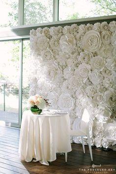 Gloomy Beautiful Paper Flower Backdrop Wedding Ideas (50 Pictures) https://oosile.com/beautiful-paper-flower-backdrop-wedding-ideas-50-pictures-10721 #weddingbackdrops #weddingflowers