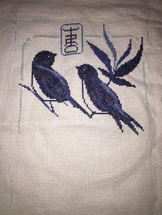 La custode dei segreti: Punto croce uccellini blu