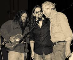 SOLID COMBINATION - Jamey Johnson, Shooter Jennings & Billy Joe Shaver perform together.