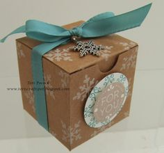 Stampin' Up! - Tiny Treat Box  Teri Pocock - http://teriscraftspot.blogspot.co.uk/2014/11/tiny-treat-box.html