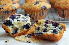 Blueberry Muffins, Homemade Muffins, Breakfast Muffins, Gourmet Muffins, Sweet Treats, Sweet Desserts, Freshly Baked Muffins