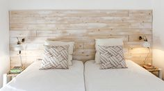 translation missing: hk.mediterranean Bedroom photos by Home Staging Factory Home Staging, Home Deco, Home Renovation, Home Remodeling, Dusty House, Army Bedroom, Army Decor, Mediterranean Bedroom, Bedroom Photos