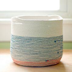DIY - Cotton cord and thread in a zig-zag stitch