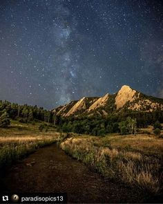 Home of the amazing Flatirons. Did you know I can create a custom ring of the Flatirons? Click through to start creating your perfect, unique ring. University Of Colorado, Colorado Homes, Boulder Colorado, Colorado Rockies, Boulder Flatirons, Places To Travel, Places To See, Rocky Mountains, Colorado Mountains