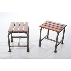 coppia di sgabelli industriali in legno e metallo made in italy anni 60 colore marrone