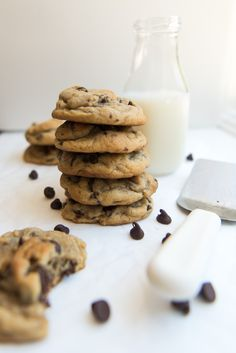 These soft & chewy chocolate chip cookies are everything you could ever want a chocolate chip cookie to be. Loaded with chocolate and…
