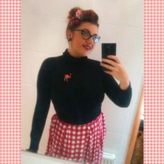 Brodie (southyorkshirepudding on instagram) wears the red ostrich brooch Outfit Posts, Brooches, Christmas Sweaters, People, Red, How To Wear, Outfits, Instagram, Fashion