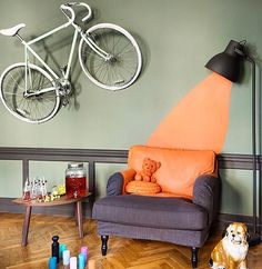 Love the crazy styling and the paintingCredit: @isabellemcallister #interior#interiør#inredning#interior123#interior2you#interior4all#interiordesign#decor#design#homedecor#bolig#boligpluss#rom123#finahem#kkliving#color#fargerike#fargerikehjem#boligstyling#paint#crazy by 170kvm