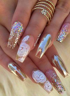 J nails, glam nails, bling nails, nails coffin nails, glitte Cute Acrylic Nails, Cute Nails, Pretty Nails, Gradient Nails, Holographic Nails, Jewel Nails, Acrylic Nails For Summer Glitter, Sparkle Acrylic Nails, Pastel Nails
