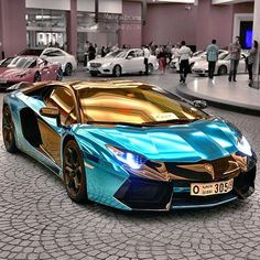 Metallic Blue & #Gold #Lamborghini