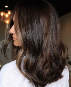 We've had 'buttery' blonde and 'milk tea' brown. We have An ultra-flattering look for who aren't… Brown Hair Balayage, Brown Hair With Highlights, Brown Hair Colors, Subtle Balayage Brunette, Hair Color Shades, Cool Hair Color, Rich Brunette Hair, Brunette Color, Chocolate Brunette Hair