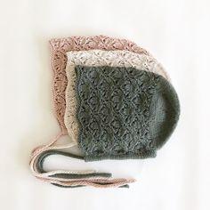 Knitting for kids little girls photo props 29 ideas Knitting For Kids, Baby Knitting Patterns, Lace Knitting, Knitting Projects, Knit Crochet, Crochet Patterns, Crochet Hats, Little Girl Photos, Little Girls