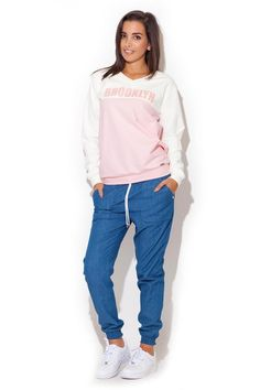 Sportowe spodnie damskie zwężane na dole z regulacja