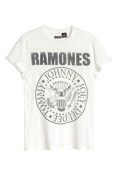 T-shirt with a print motif   H&M
