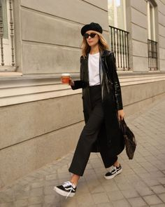 19 ideas fall brunch outfit casual shoes for 2019 Chic Fall Fashion, Winter Fashion Outfits, Look Fashion, Autumn Winter Fashion, Fashion Street Styles, Fall Fashion Week, Street Style Inspiration, Mode Inspiration, Mode Outfits