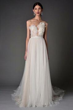 Marchesca Bridal Spring 2017 Marchesa Bridal, Armani Prive, Prom Dresses, Formal Dresses, Wedding Dresses, Valentino, Wedding Cakes, Wedding Venues, Chanel