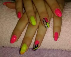 ® Work Nails