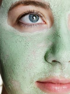 Argila verde no rosto elimina cravos e espinhas; dermatologista ensina a usar - Vix Beauty Care, Beauty Skin, Health And Beauty, Beauty Hacks, Beauty Tips, Beauty Secrets, Organic Skin Care, Natural Skin Care, Best Hydrating Face Mask