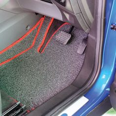 Make sure your car keeps smelling fresh by using DYC White Vinegar to clean your cars carpets and upholstery. Car Fix, Car Carpet, Clean Your Car, Car Hacks, Car Cleaning, White Vinegar, Clever, Upholstery, Carpets