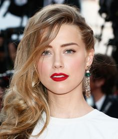 Try a look like Amber Heard at Cannes for your special event this SS14. We LOVE the bright lips... #wonderfuldress