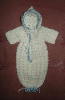 Gods Tiny Angels Patterns: Louisas' Preemie Bunting for charity only NOT for sale. I would like to make some baby items and give in your memory my sweet darling Vylette . Crochet Baby Cocoon, Crochet Bebe, Baby Blanket Crochet, Crochet For Kids, Free Crochet, Baby Bunting, Crochet Bunting, Preemie Crochet, Newborn Crochet