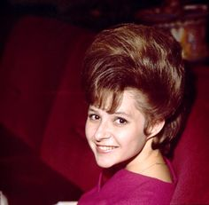 Brenda Mae Tarpley (born December known as Brenda Lee, is an American performer and the top-charting female vocalist of the She sang rockab. Country Music Artists, Country Singers, 50s Music, Susan Lucci, Patty Duke, Brenda Lee, Annette Funicello, American Bandstand, Ray Charles