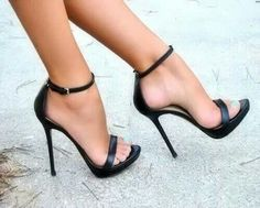 Cute little black heel
