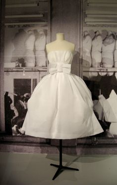 ~ca.1950s Christian Dior White Bow  Party Dress~
