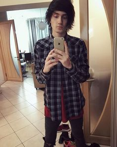 Denis Stoff stop being so damn pretty