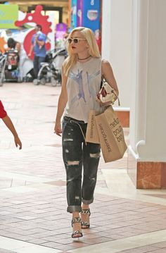 Gwen Stefani style! <3 Shopping with Her Son