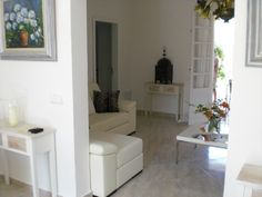 es This two bedroom house in in is the ideal place for you if you are looking for a relaxing holidays. Two Bedroom House, Relaxing Holidays, Destiny, Villa, Homes, Furniture, Home Decor, Houses, Decoration Home