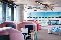 The Bold Collective has designed the new offices of housing company Porter Davis located in Melbourne, Australia. Porter Davis believes that that people's Corporate Office Design, Corporate Interiors, Workplace Design, Office Interior Design, Office Interiors, Visual Merchandising, Mail Room, Porter Davis, Open Office