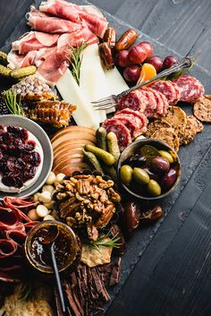 Wow everyone at your next party with the best ever Gluten-Free Charcuterie Board! Get my template and adjust to any needs including make it paleo-friendly or dairy-free. Charcuterie Recipes, Charcuterie Platter, Charcuterie And Cheese Board, Cheese Boards, Healthy Appetizers, Appetizers For Party, Appetizer Recipes, Healthy Recipes, Party Food Platters