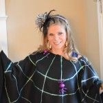 No Sew Easy Craft Poncho for Halloween - wearing this instead of a costume for trick or treat! #spider #halloween #fall #nosew #diy
